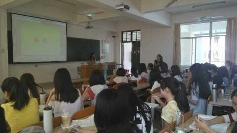 教育科学学院举办2012级学前教育专业顶岗前培训