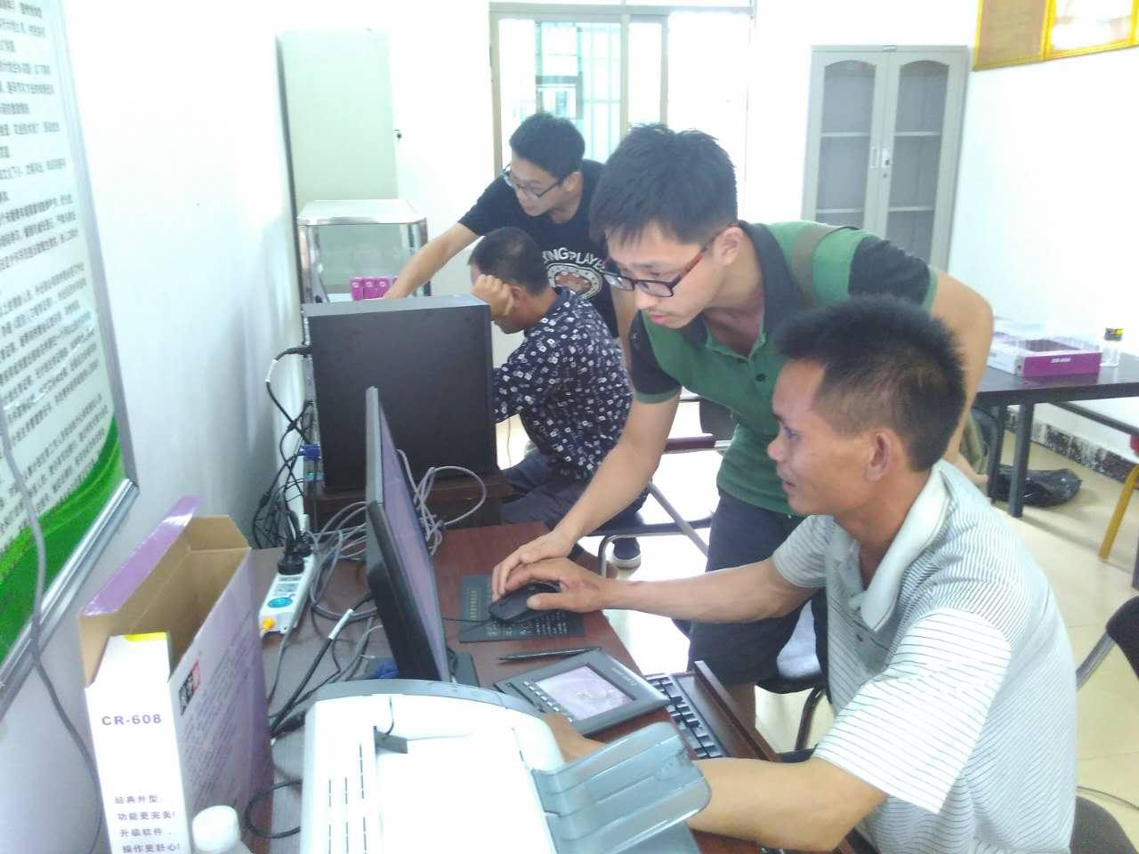我校研究生走进海南少数民族贫困山村开展精准扶贫