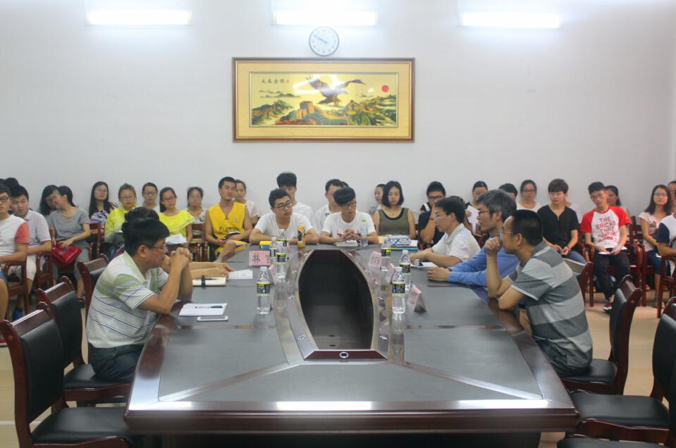 湖南师范大学唐东升教授一行来我校作考研指导讲座