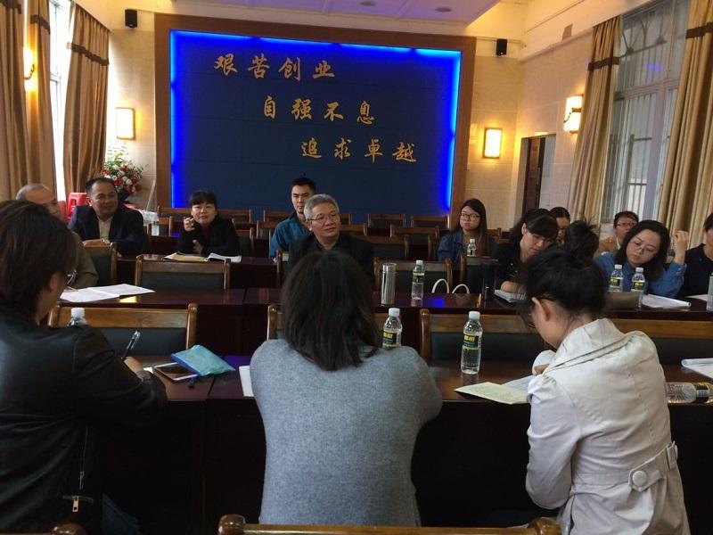 文学院副院长杨清之教授巡视海师附中高中部中文教育实习