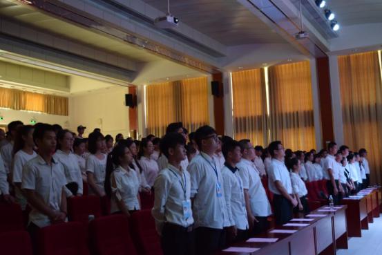 化学与化工学院召开第一届学生代表大会暨团委学生会换届大会