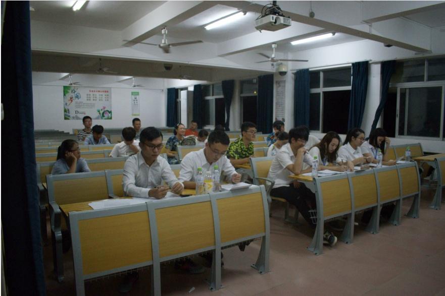 青年之声•群英荟萃,尽显风采——记物理与电子工程学院2017年学生会招新面试