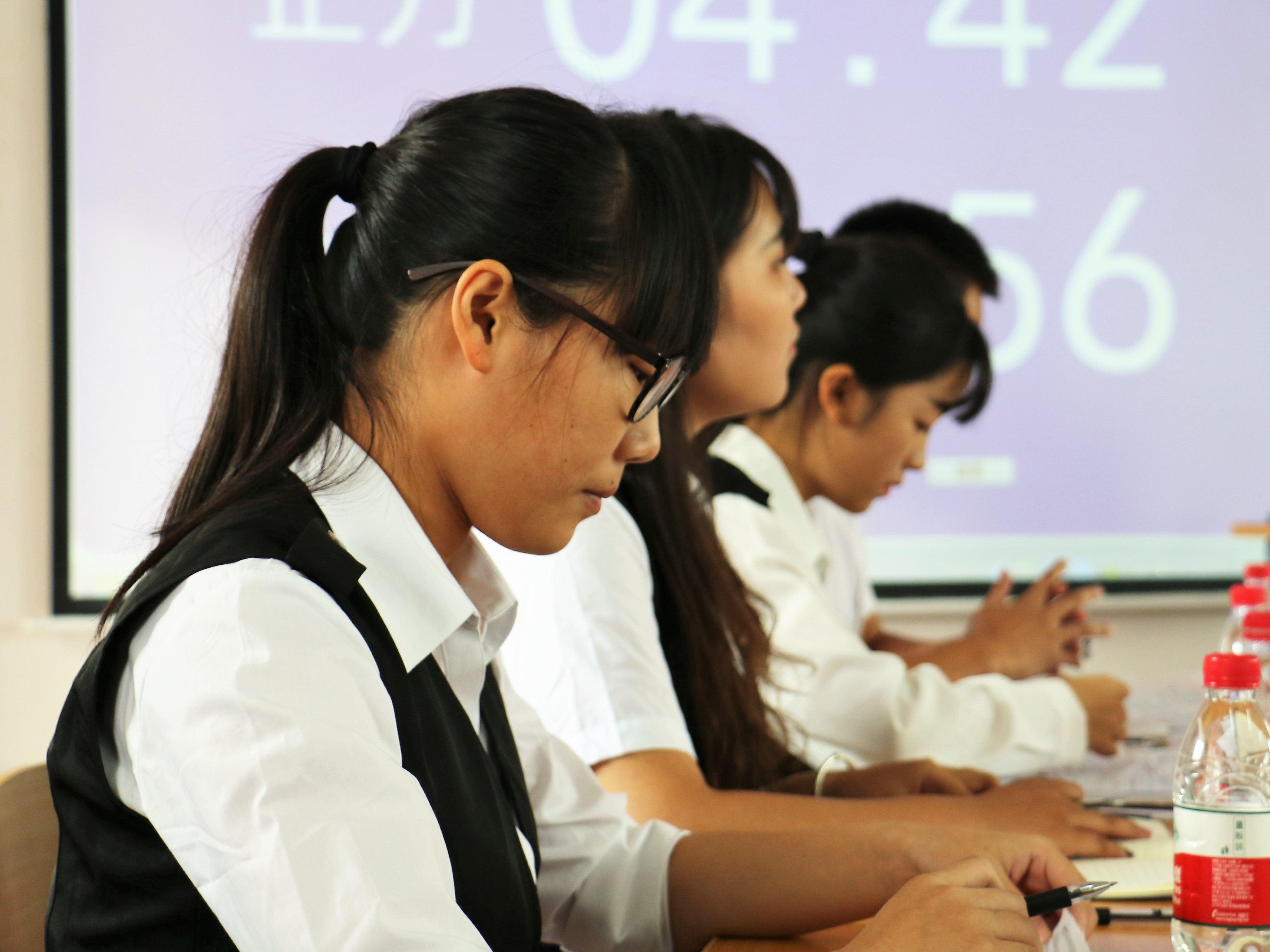 356亚洲版体育投注辩论赛复赛成功举办