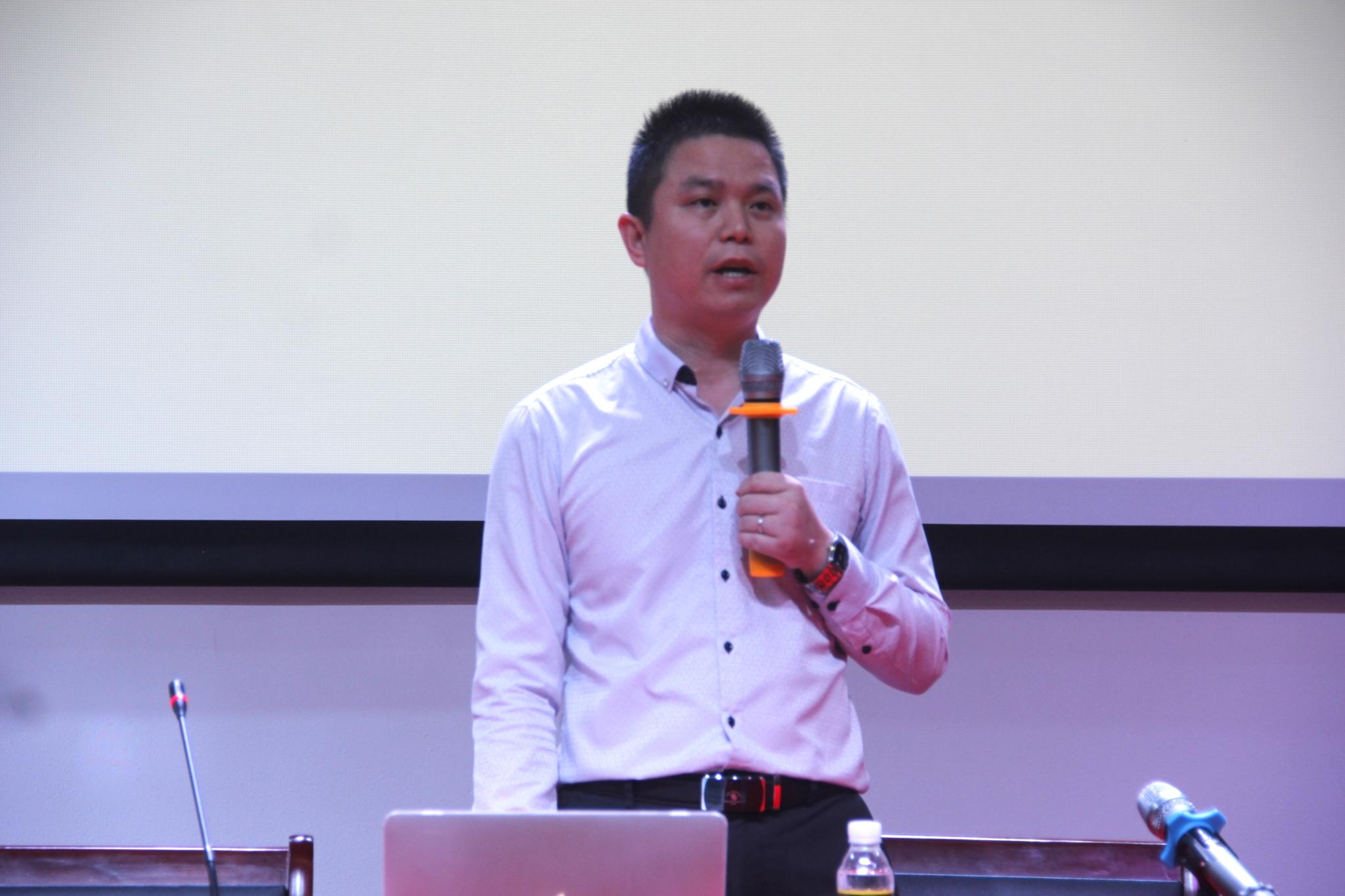践行十九大精神 做创新青年 文学院系列讲座之创新创业专题讲座