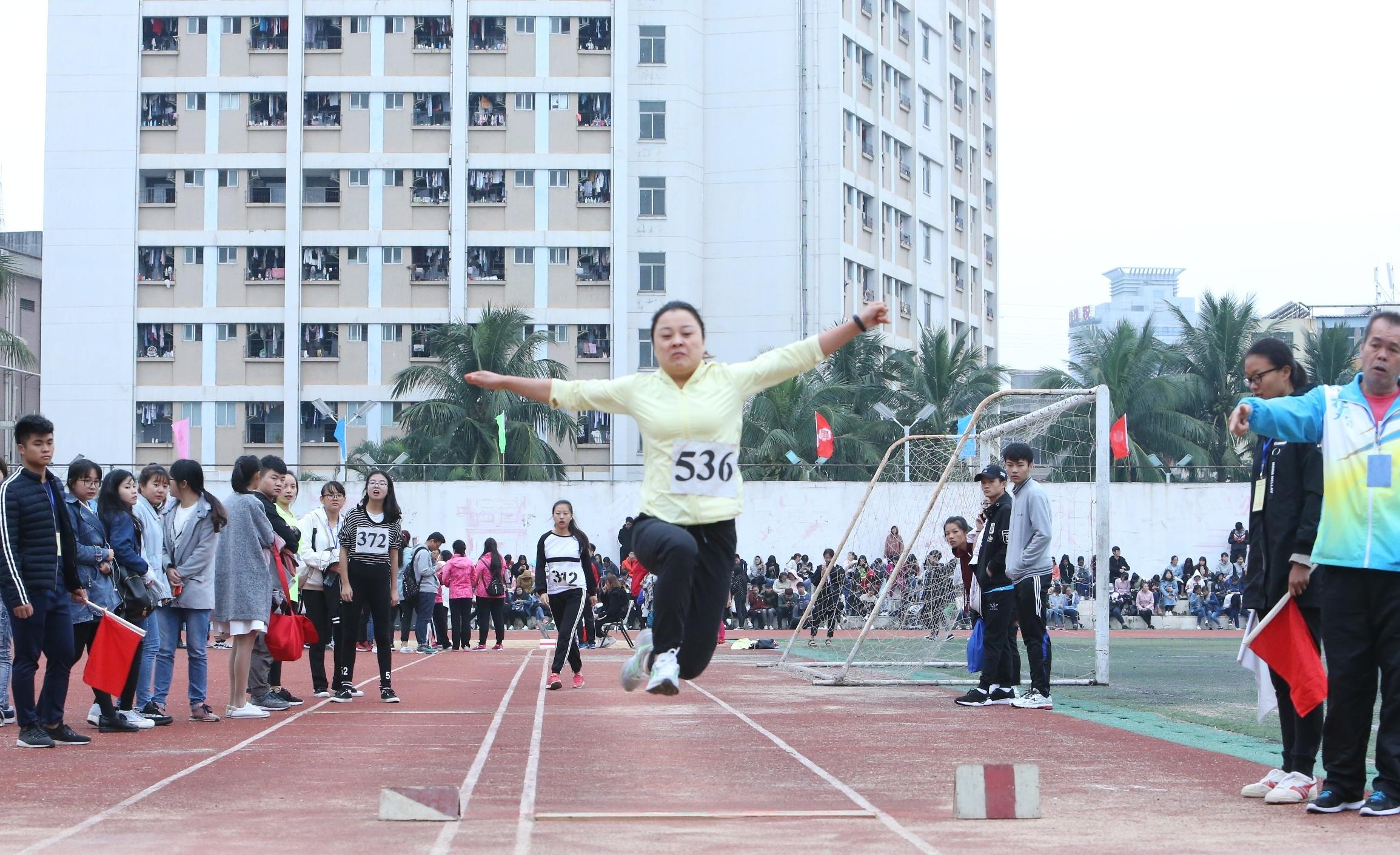【第34届运动会】直击赛场:拼搏不息,运动不止
