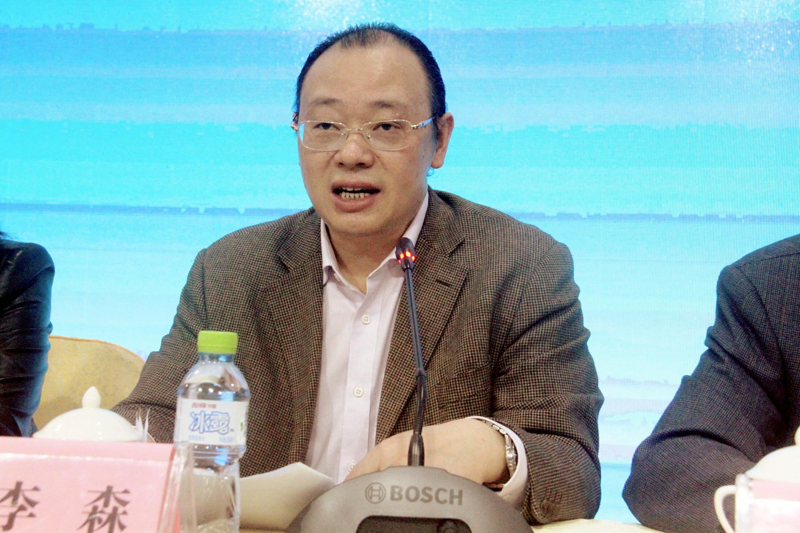 马克思主义学院举办习近平新时代中国特色社会主义思想与提升高校思想政治理论课教学