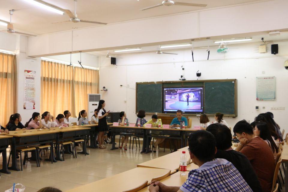 新闻传播与影视学院举办专业认知系列教育活动之新生职业生涯规划沙龙活动
