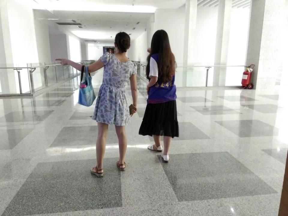 青年之声•马克思主义学院组织志愿者在海南省博物馆开展志愿服务活动