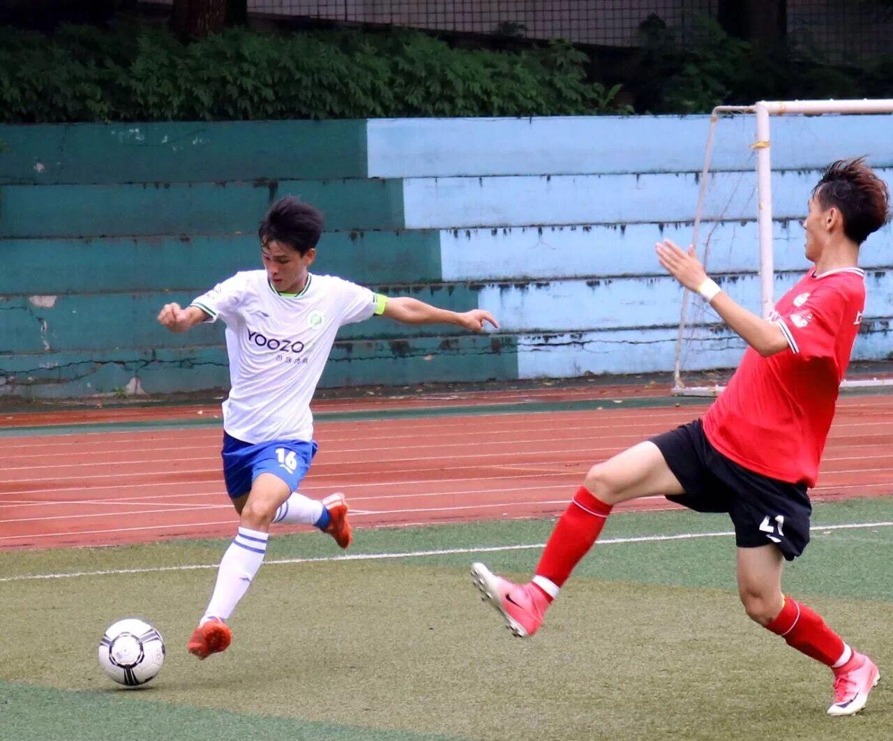 我校足球队夺得2018赛季全国运动竞赛联盟足球联赛亚军