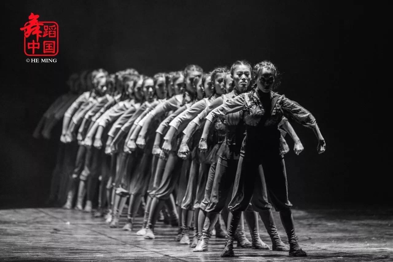 音乐学院青年舞团携《南海前哨》亮相第12届全国舞蹈展演