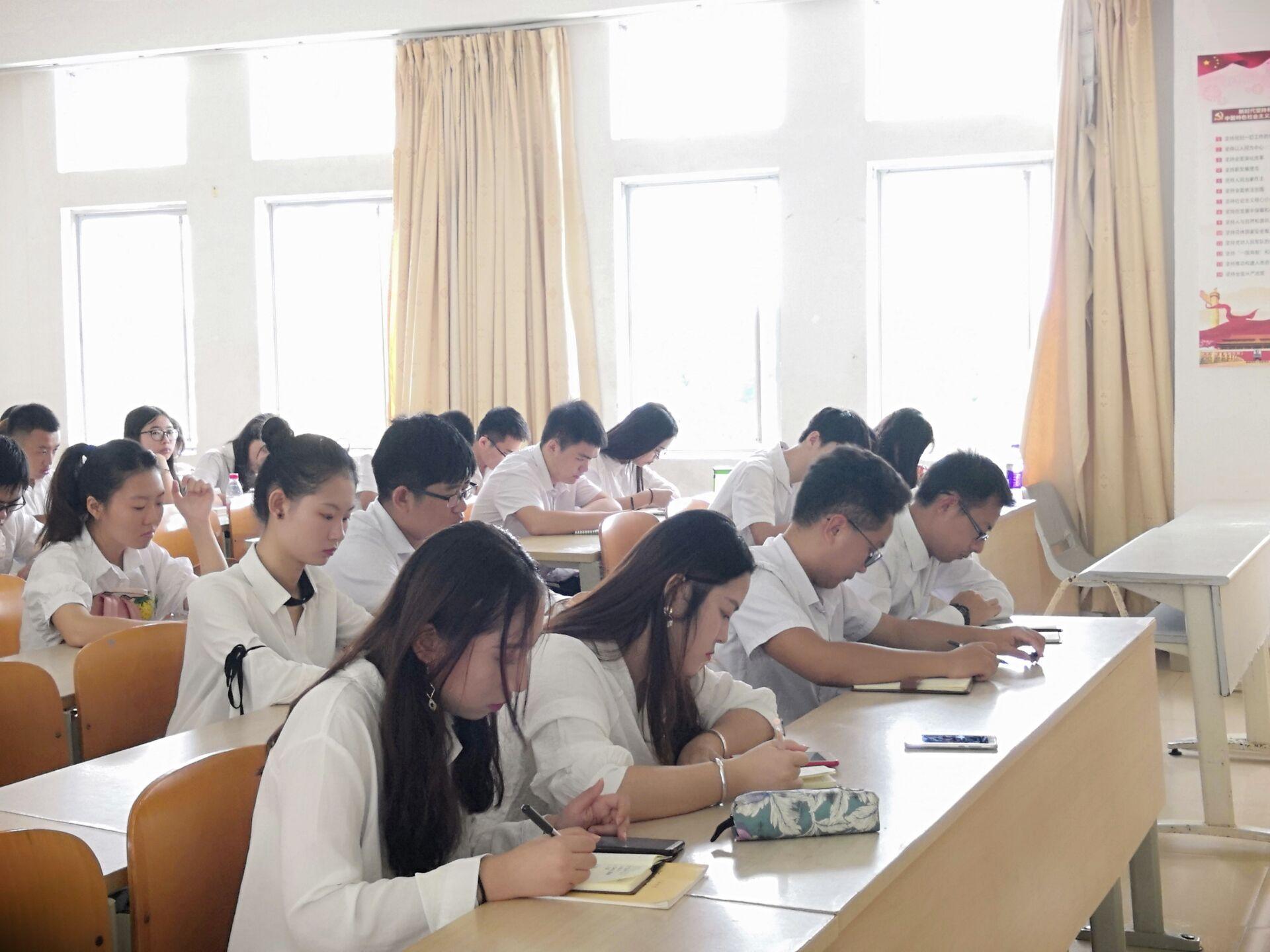 青年之声·记文学院共青团工作改革方案培训会议