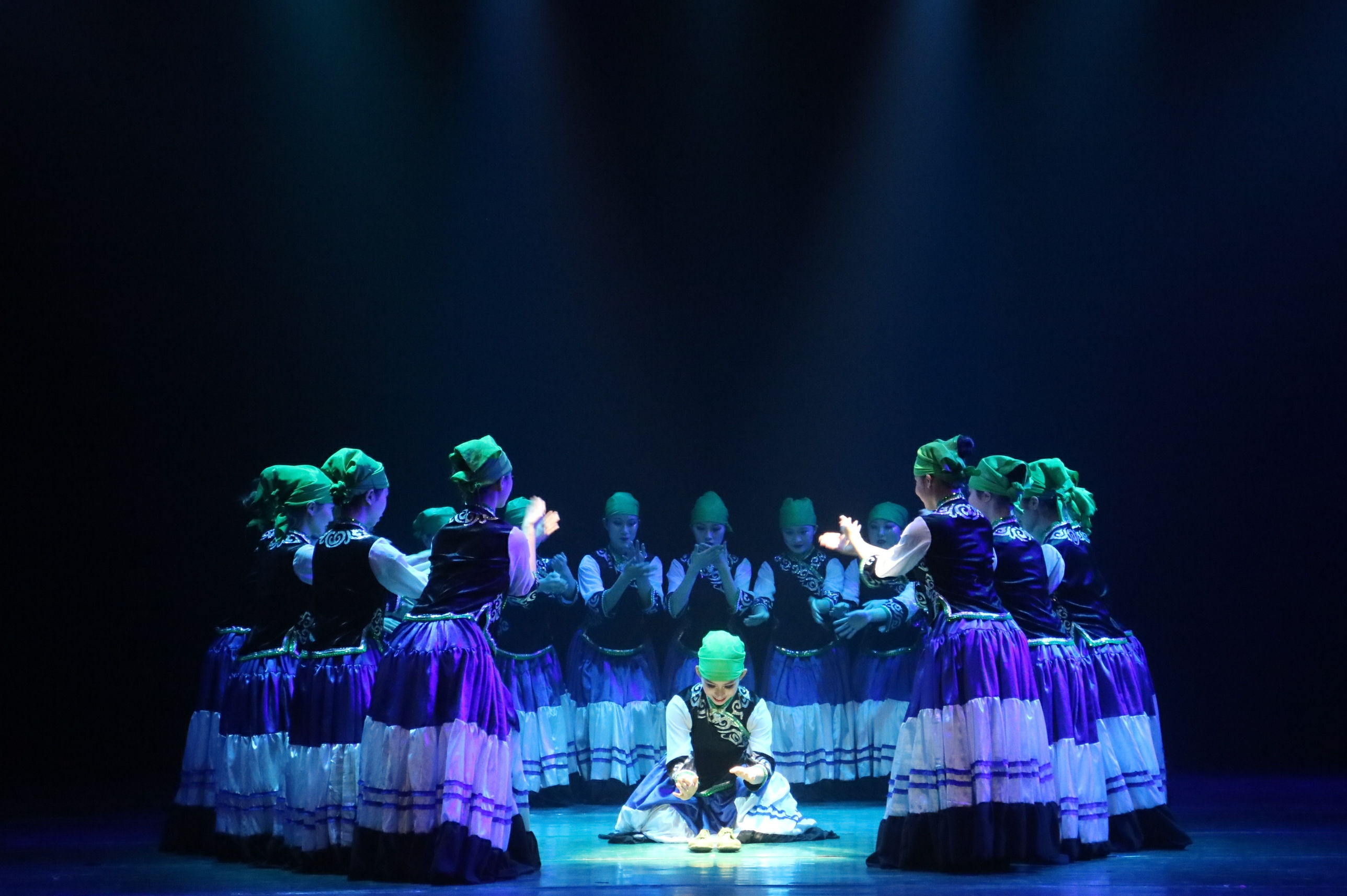 """""""我们来了""""——音乐学院2018级舞蹈系举办新生汇报演出"""