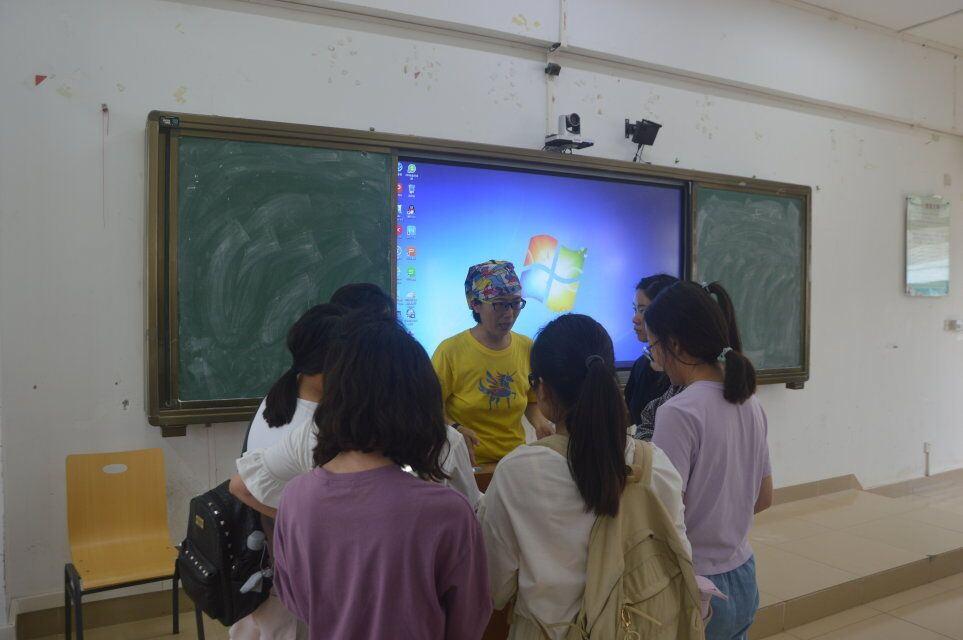 青年之声•教育与心理学院《松鼠学堂在海南的自然教育实践》讲座