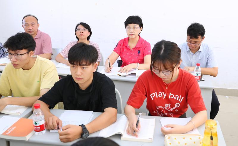 李紅梅深入桂林洋校區調研