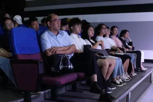 国家一级导演张忠来我院讲学