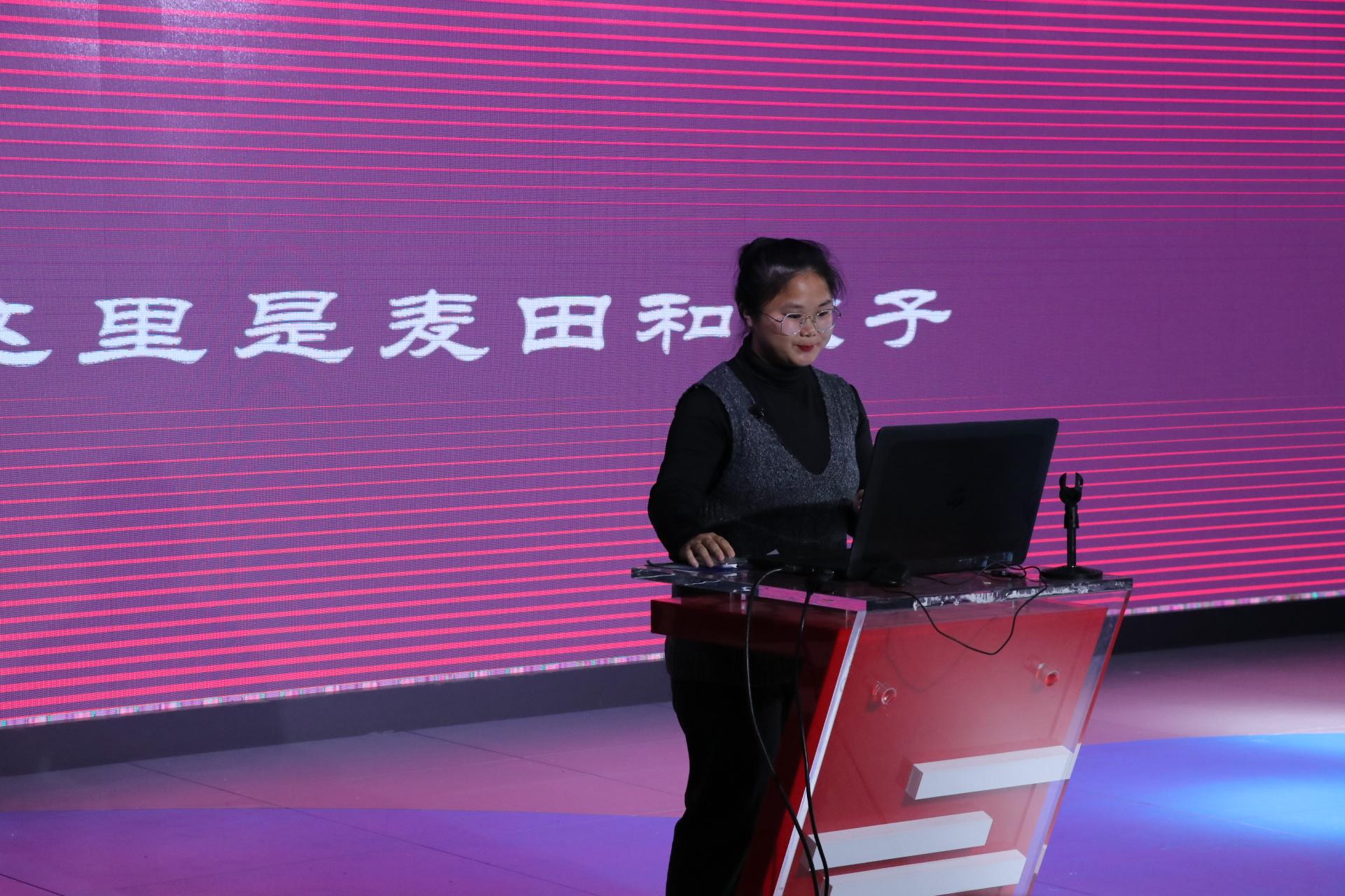 """365亚洲最新线路网址新闻技能之""""采访实战""""展示活动成功举行"""