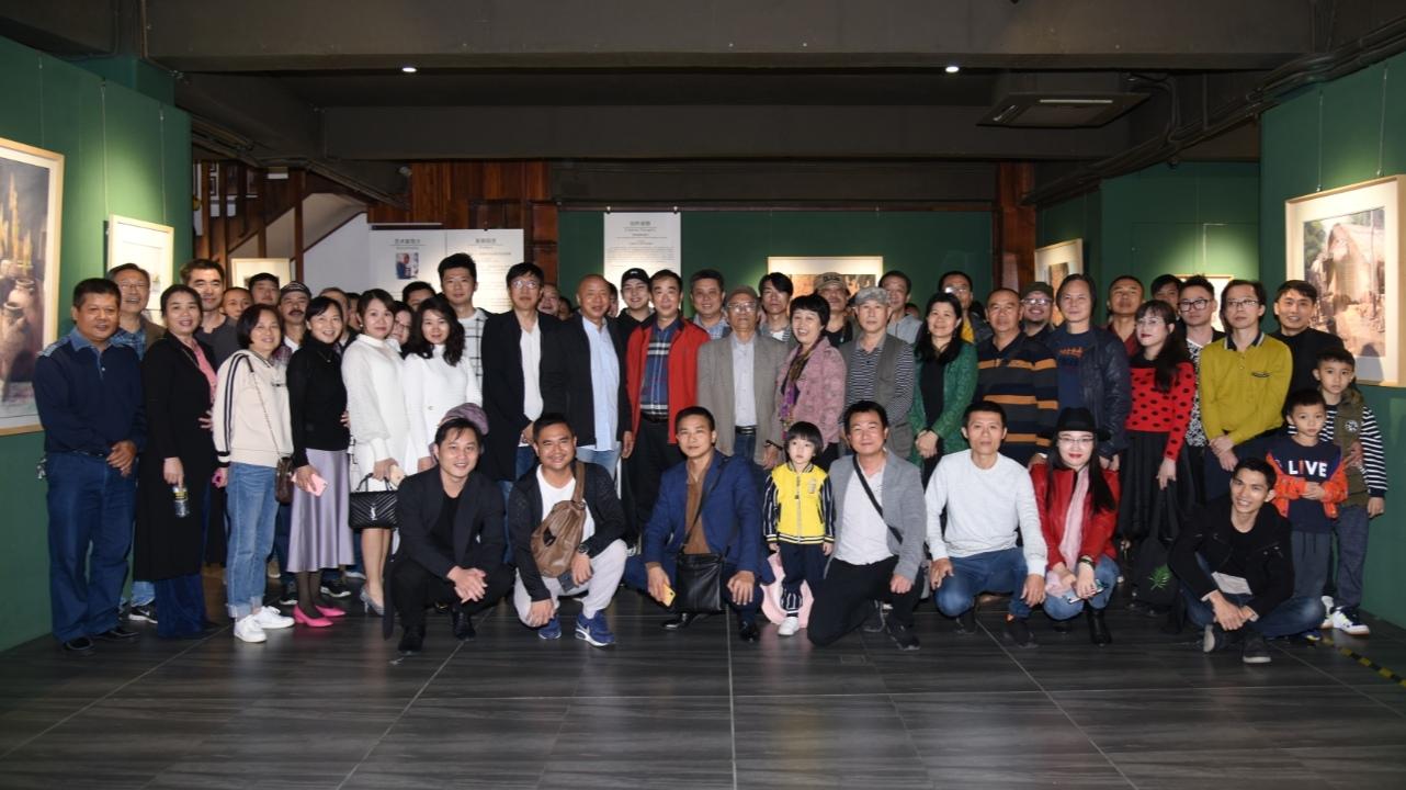 我校美术学院赵福才教授水彩画作品迎新展开幕
