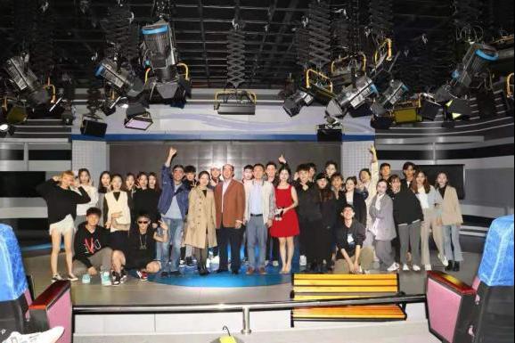 365亚洲最新线路网址成功举办首届影视传播艺术周暨2019-2020学年度冬季小学期、创新创业周系列活动
