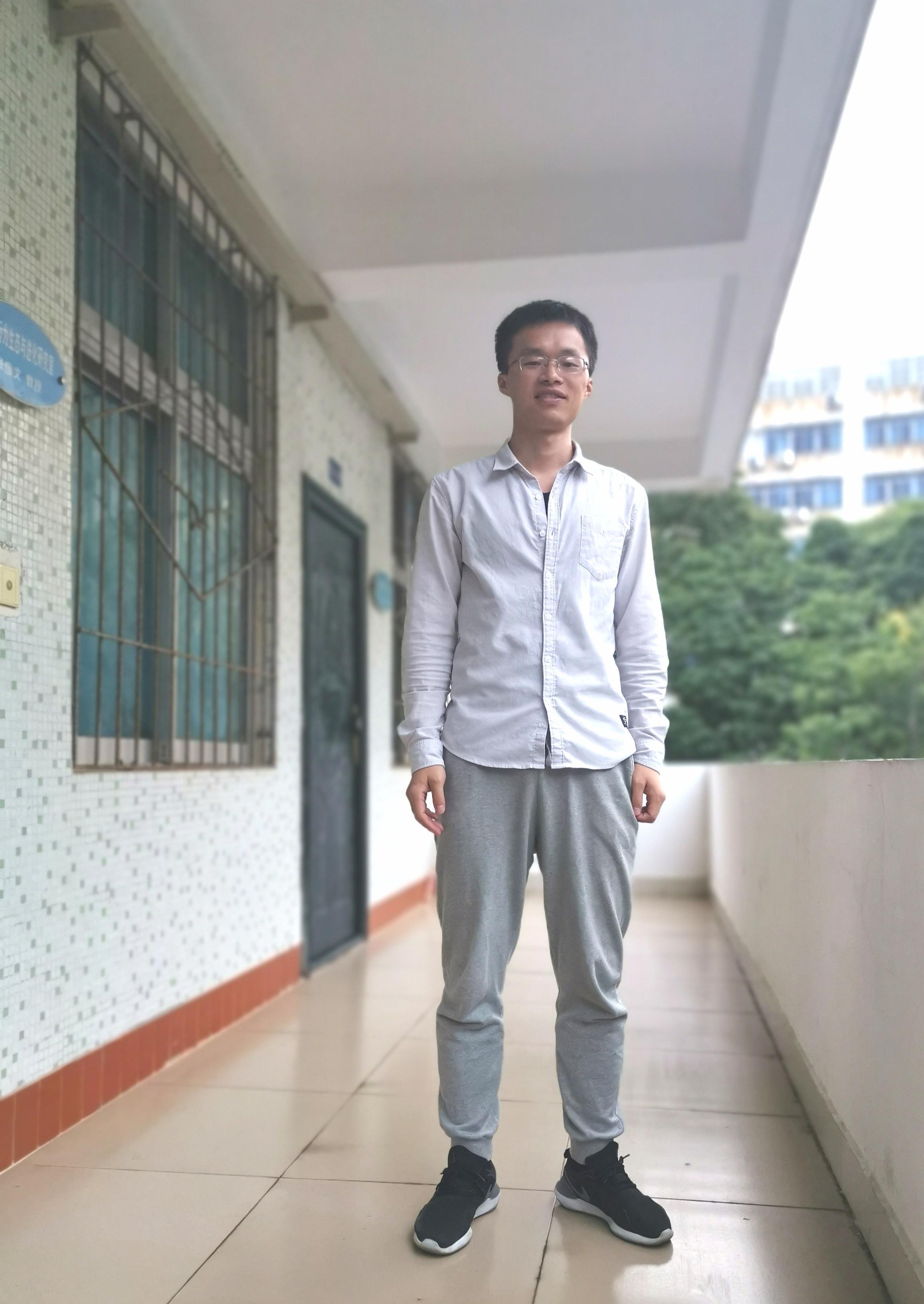生命科学学院探究生党员王维昊捐出都部国家奖学金两万元