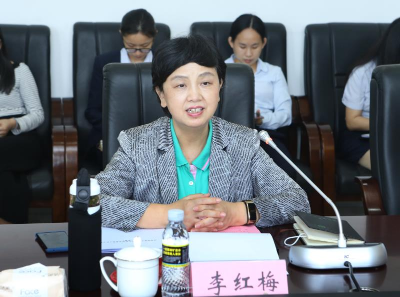 海南省知识产权局长肖超一行来我校调研改革试点工作