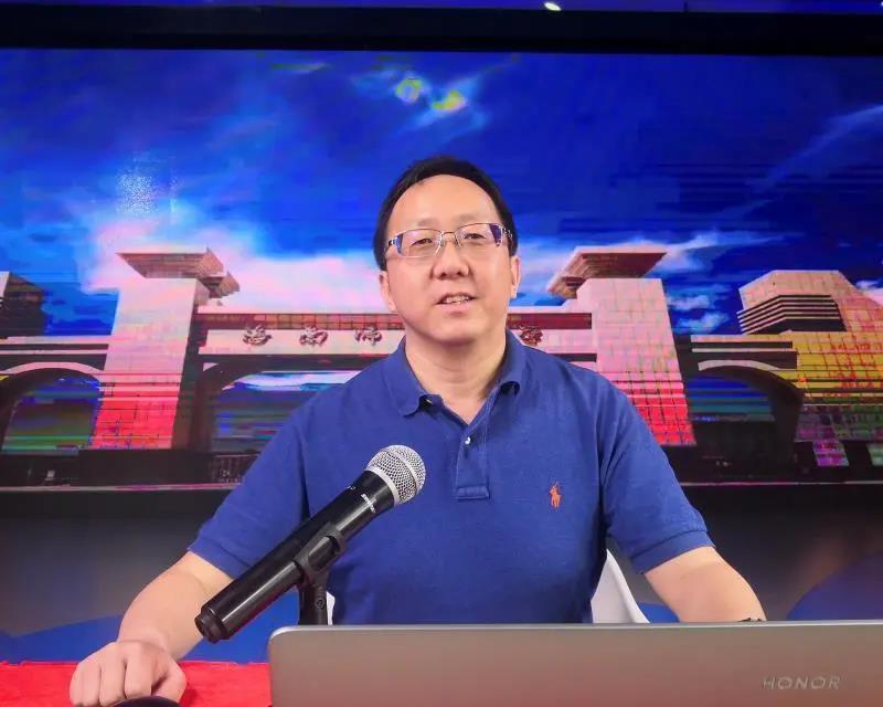 365bet亚洲官网网址与腾讯教育合作开展《王牌专业展播》活动