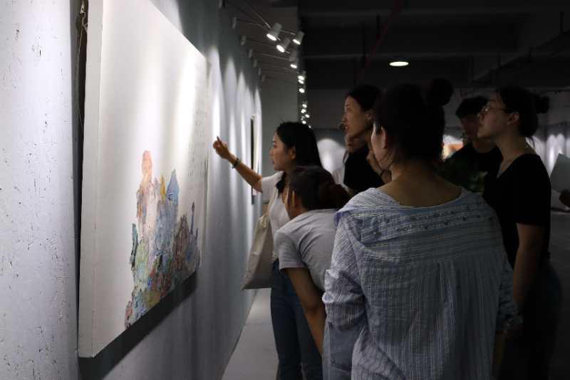 我院2017级研究生潘云嫚举办个人画展