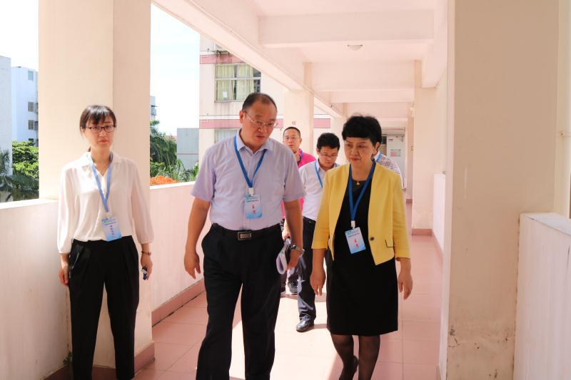 李红梅巡查2020年博士研究生招生考试笔试考场