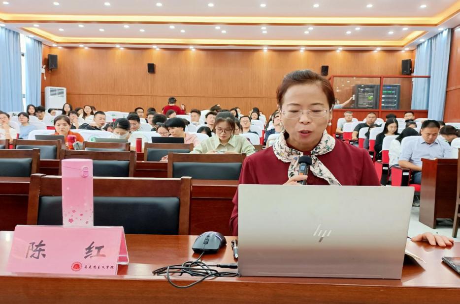 中國人民大學劉建軍教授為馬院師生做學術報告