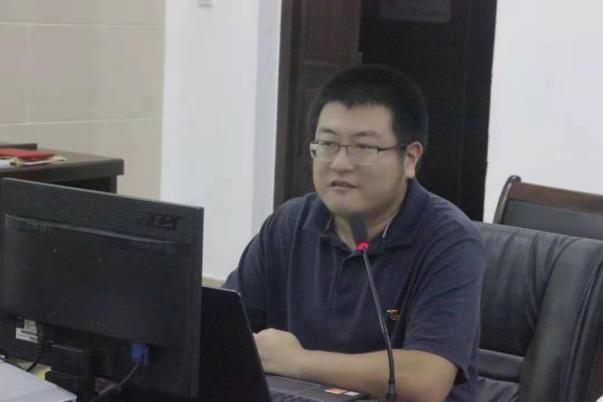 党员吴辰:向党史汲取磅礴力量