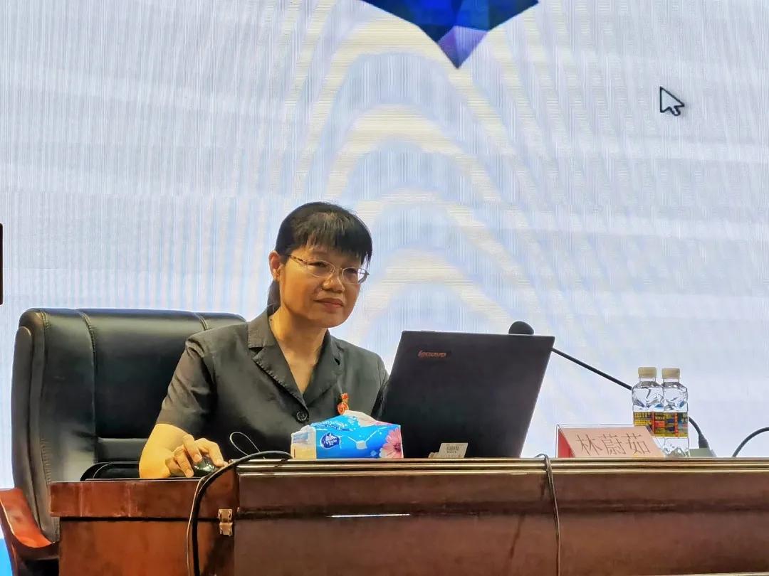 大发体育官网举办海南省打击离岛免税套代购走私法治宣传会